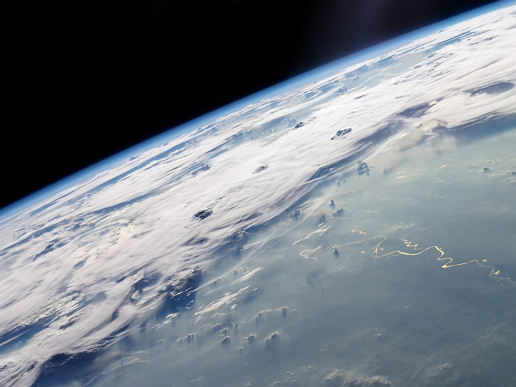 earth-from-space-wallpapers_21964_1600x1200