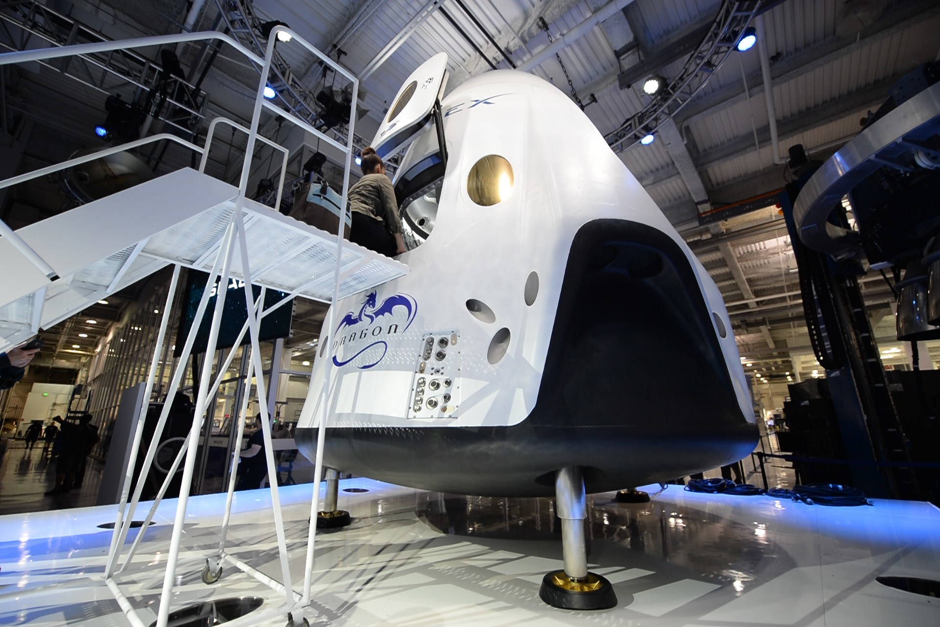 US-SPACE-SPACEX-DRAGON V2 SPACECRAFT-ELON MUSK